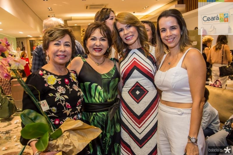 Tane Albuquerque, Regina Pinho, Maira Silva e Debora Bezerra