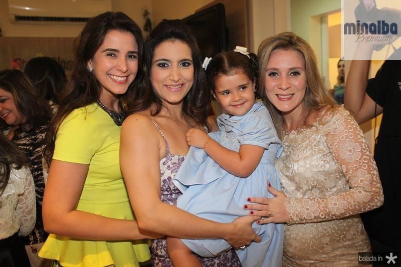 Vivian Simões, Camila Rodrigues, Katherine Simoes e Olga Saraiva