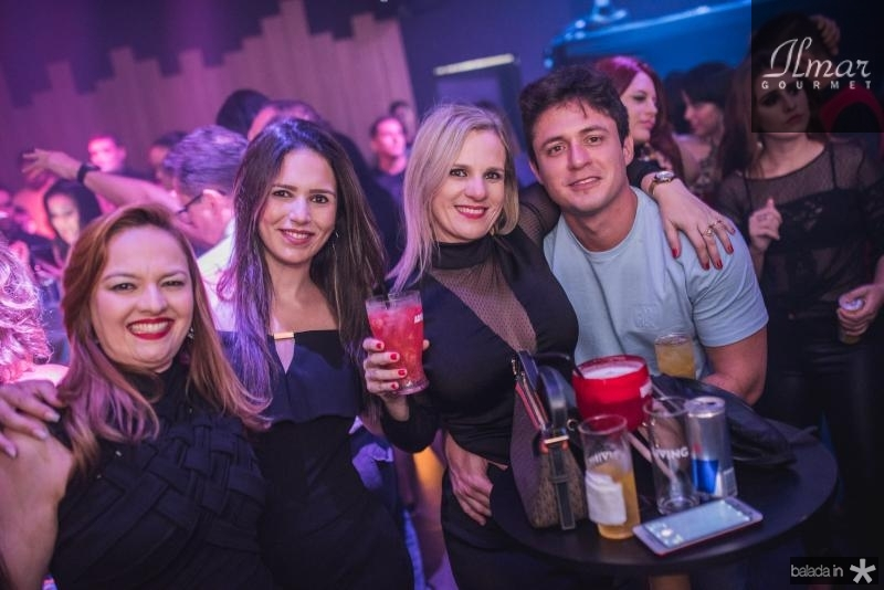 Rebeca Carioca, Raquel brasil, Carolina Barreto e  Gladson Junior