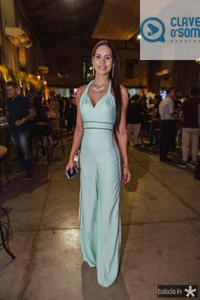 Jade Oliveira