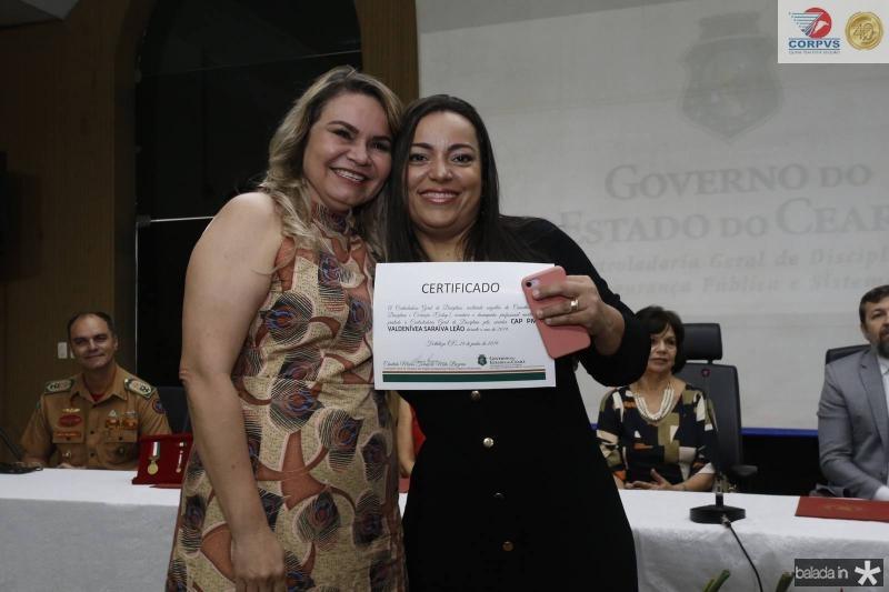 Valdenivia Saraiva Leao e Luciana Costa