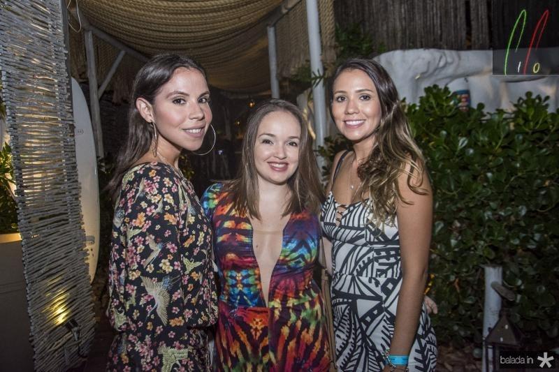Beatriz Carvalho, Marina Bede e Alana Carla