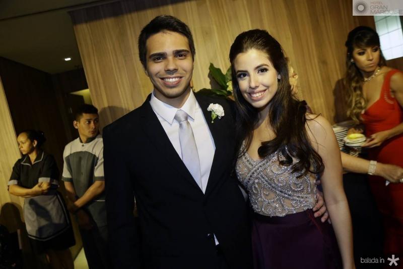 Matheus Ximenes e Marina Pierre