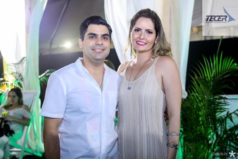 Queioz Junior e Camila Queiroz