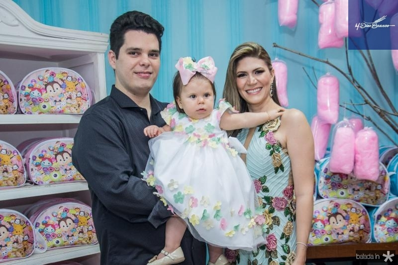 Marco, Mirela e Elaine Oliveira