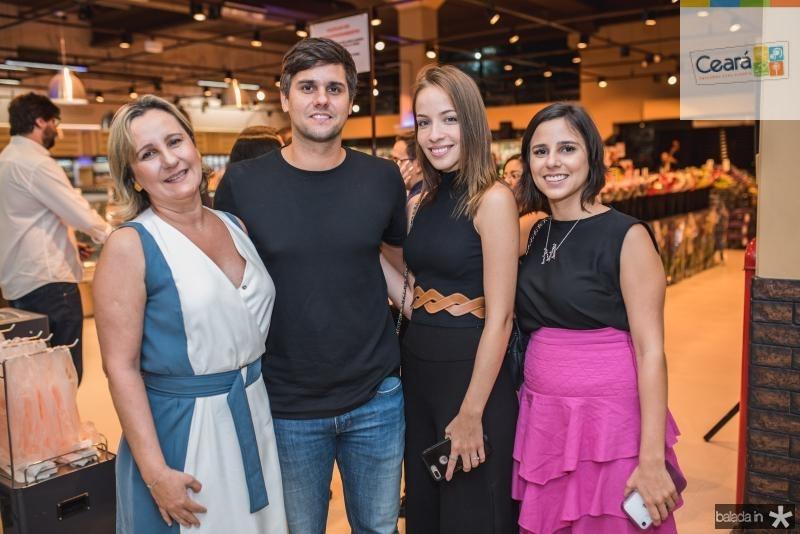 Ana ramalho, Luiz Fernando Ramalho, Giovanna Bezerra e Marina Ramalho