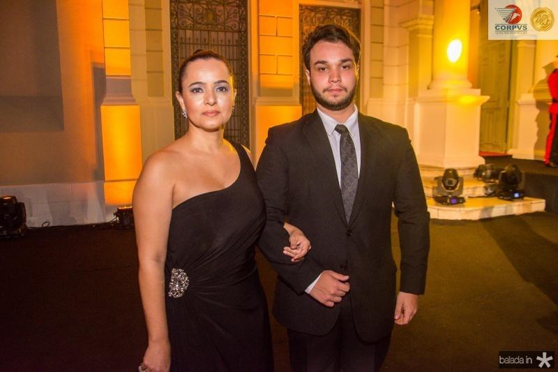 Marcia Sucupira e Gabriel Proenca