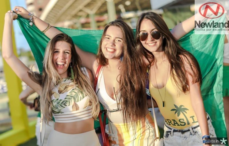 Camile Moura, Livia Ferraz e Isabel Studart