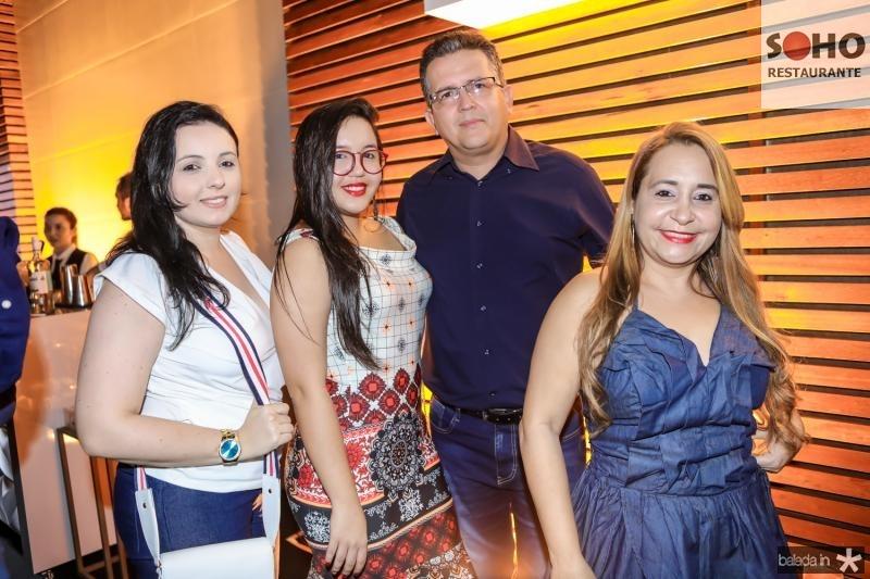 Ellen Eduardo, Vitoria, Davi e Ismenia Ferraz