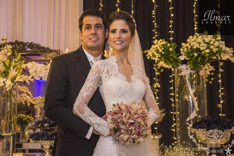 Artur Bezerra e Manoela Gladstone