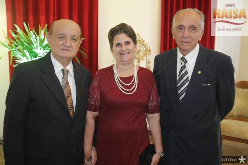 Renato e Marta Bonfim e Joao Guimaraes