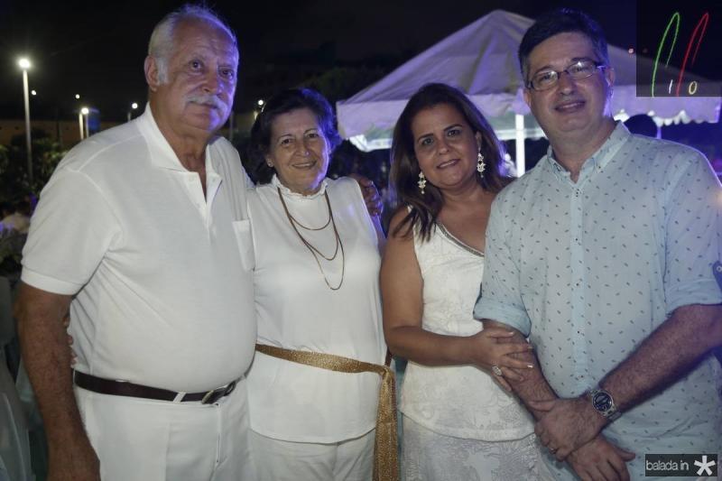 Helio e Rosangela Pinguelle, Yara e Leonardo Salema