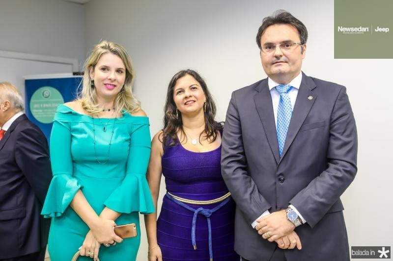 Mariana Lobo, Elizabeth Chagas e Leonardo Moura