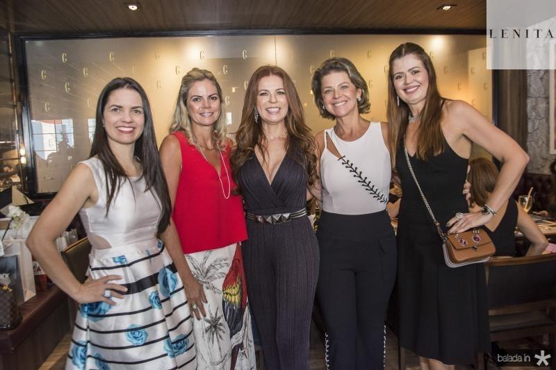 Lilia Sales, Layla Fujita, Claudia Quental, Ana Cristiana Wolf e Lucia Fialho