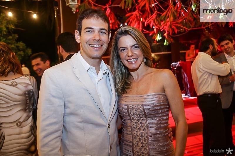 Walmyr Neto e Mirela Magalhaes
