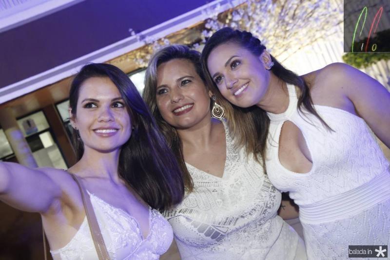 Luiza Ximenes, Gabriala Medeiros e Bruna Menezes