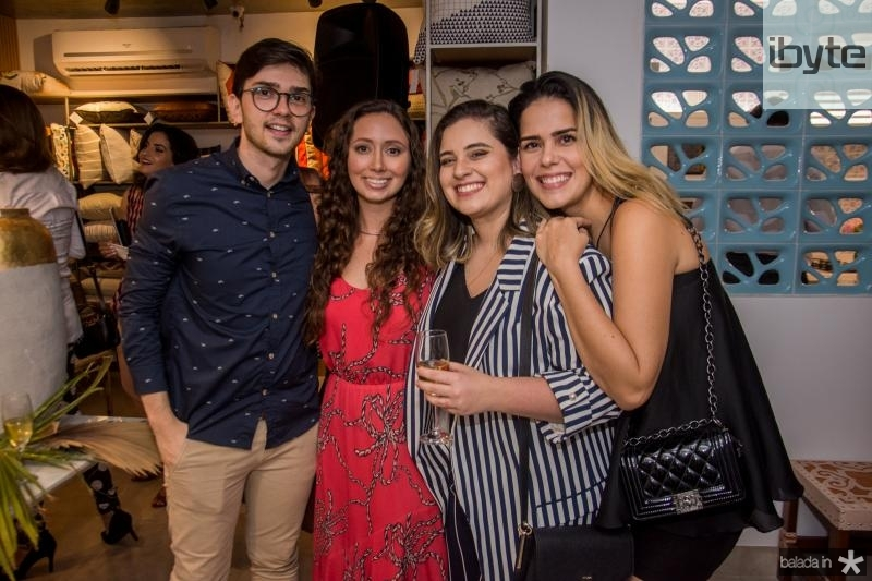 Narcisio Queiroz, Marilia Cidrao, Nina Nobrega e Natalia Teixeira
