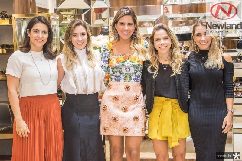 Camila Praca, Olga Vieira, Ana Carolina Fontenele, Mirella Rocha e Nicole Benevides