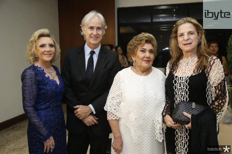 Graca Dias Branco, Marcos Pompeu, Consuelo Dias Branco e Anya Ribeiro