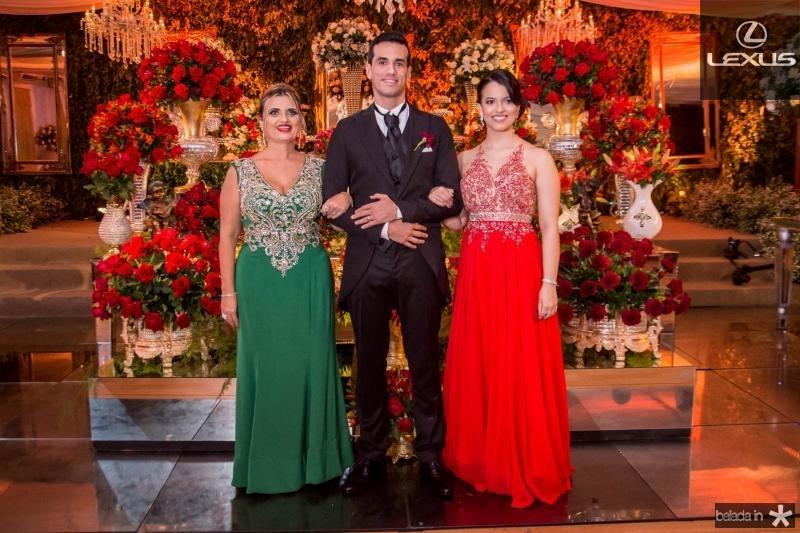 Ines,  Antonio Airton e Roberta Pontes