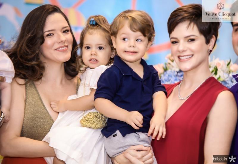 Carolina e Liz Sampaio, Bento e Paulinha Rocha