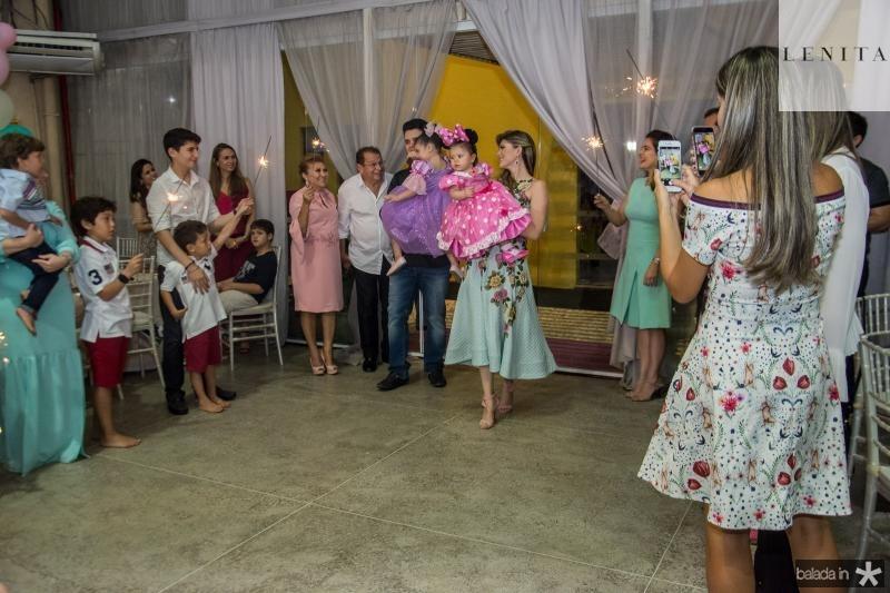Parabens de Mirela Oliveira
