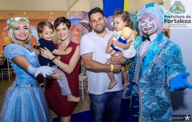 Bento e Paulinha Rocha, Daniel e Liz Negreiros