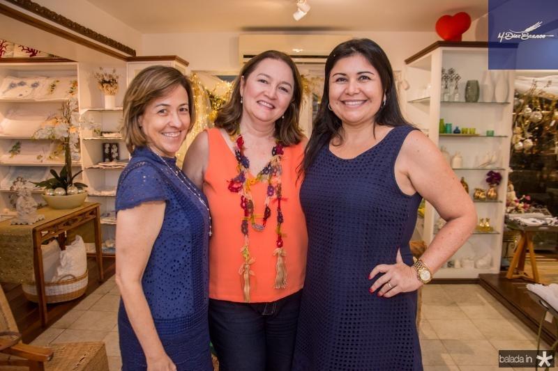 Luciana Martins, Fabricia Abrantes e Aline Rojas