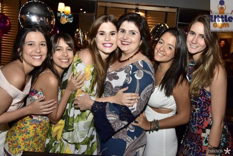Beatriz Medeiros, Karol de Faria, Mariana e Isabel Ciasca, Clarissa Brandao e Vivian Costa Lima
