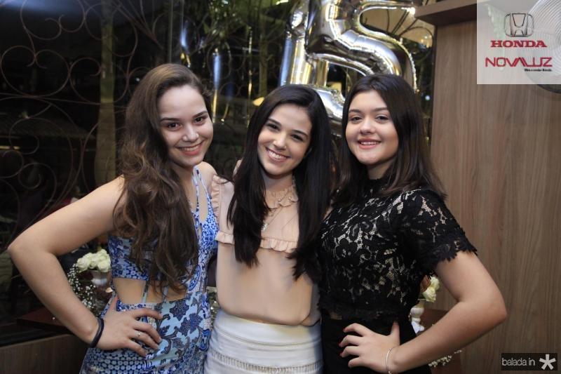 Maria Caroline, Beatrice Vasconcelos e Carol Cortez