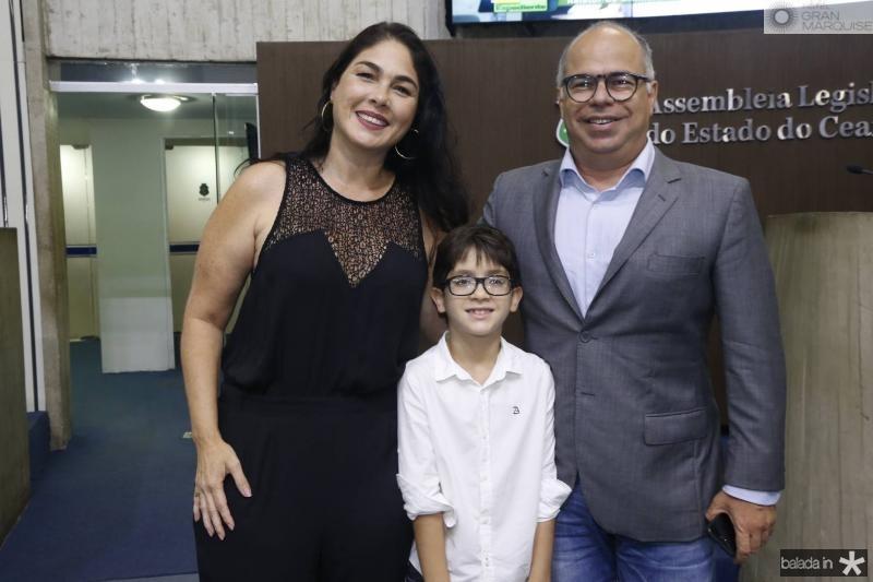 Isabella e Pedro Fiuza e Marcio Menezes