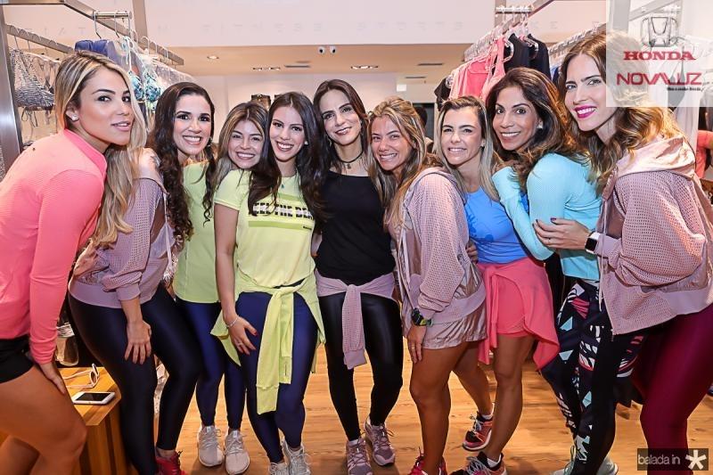 Isabel Cabral, Giuliana Botelho, Bruna Nogueira, Manuela e Sandra Rolim, Vanessa Queiros, Liliana Diniz, Synara Leal e Marcela Porto