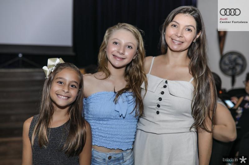 Mayra, Yvelise e Eliza Dantas