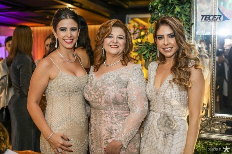 Vivian Barbosa, Jaqueline Simoes e Rafaela Otoch