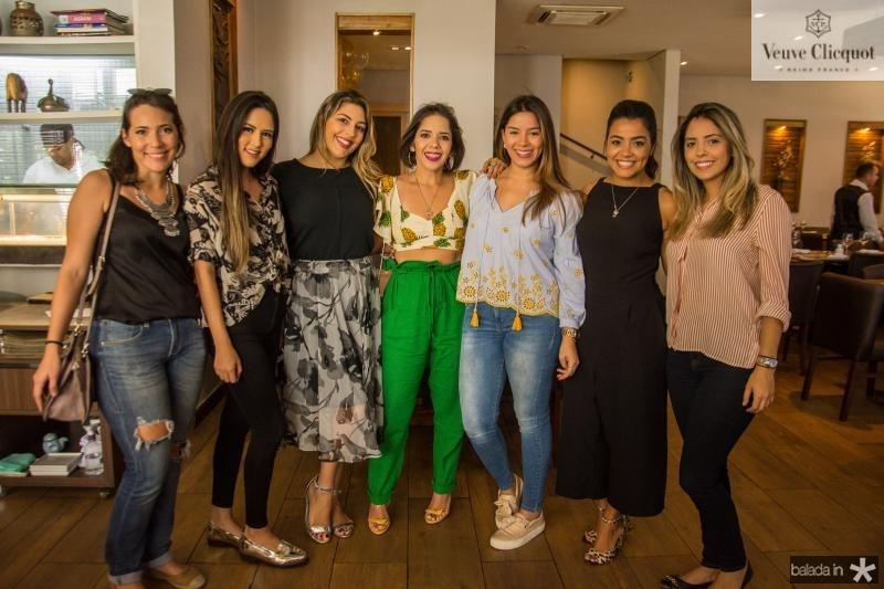 Carina Barreira, Alice Salvatore, Emanuela Campelo, Laura Bandeira, Camila Oliveira, Leticia Sabrine e Talita Teixeira