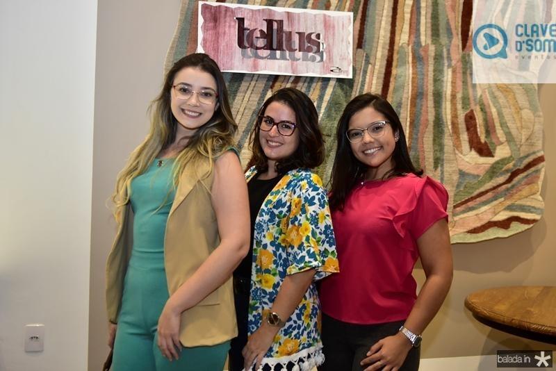 Raissa Capibaribe , Anyelly Soares e Maria Dias