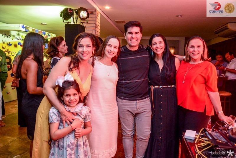 Lara e Bia Fiuza, Itaque Figueiredo, Manuela Macedo, Beatriz e Sofia Fiuza