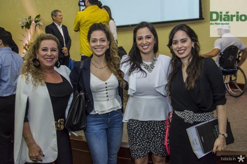 Bricia Teixeira, Gabriela Carvalho, Maira Carvalho e Rafaela Carvalho