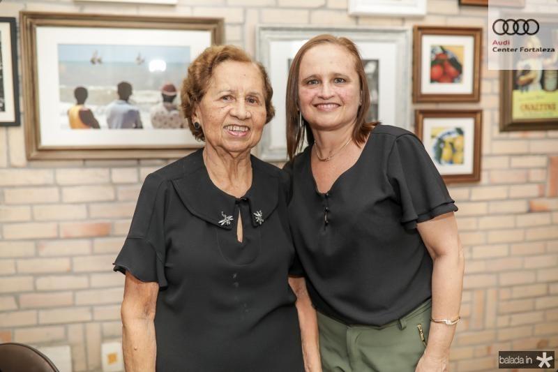 Conceiçao e Marcia Loureiro