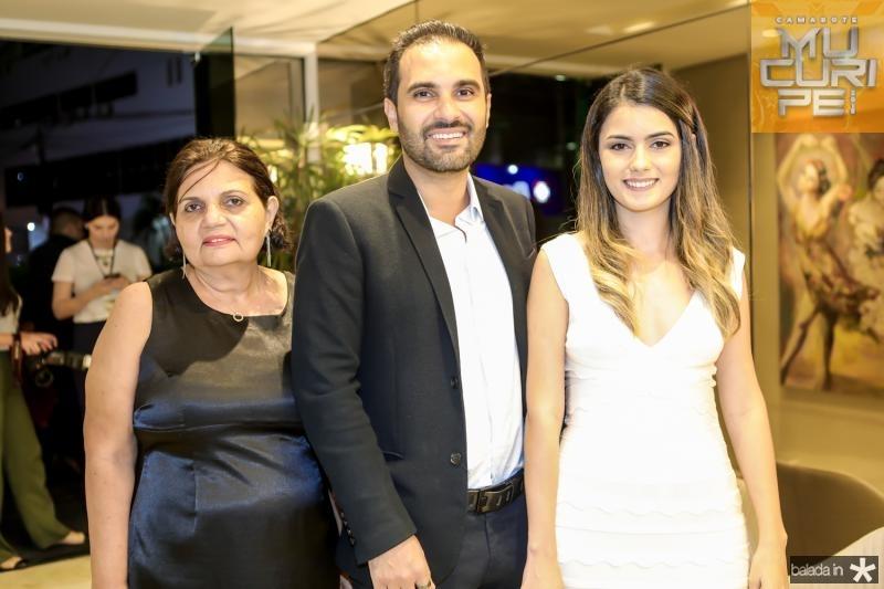 Lucia Maia, Daniel Maia e Carla Carneiro
