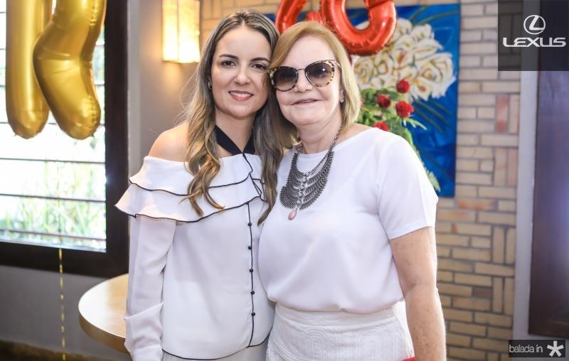 Raquel Vasconcelos e Vera Bizarria