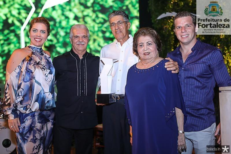 Ticiana e Pio Rolim, Jose Issa, Edir e Andre Rolim