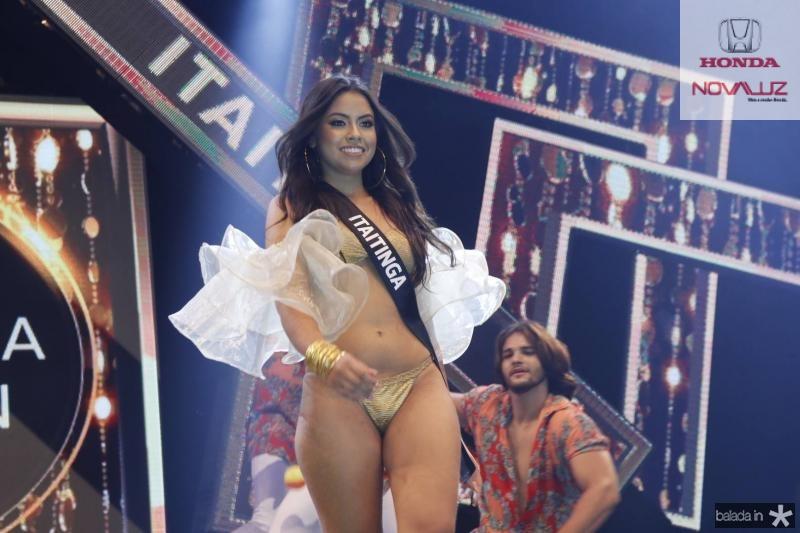 Miss Itaitinga Carolina Hellen