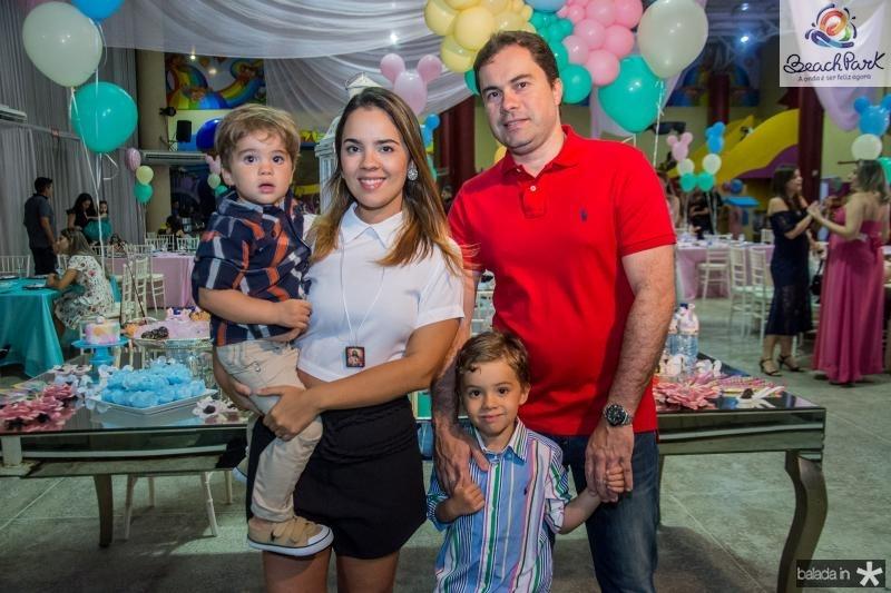 Guilherme, Natalia, Roberto e Orlando Machado