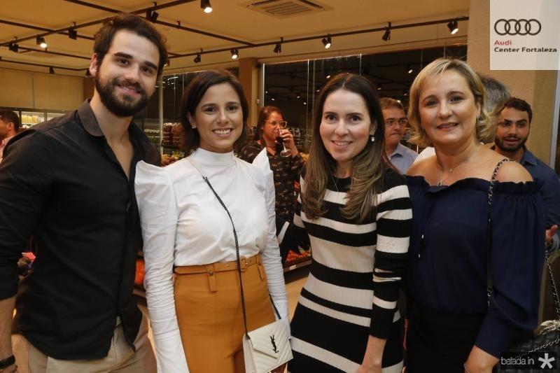 Rafael Neves, Marina Ramalho, Agueda Muniz e Ana Ramalho