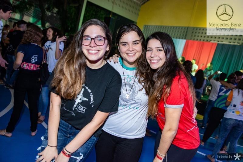 Ariana Ximenes, Kyara Portugal e Bianca Santana