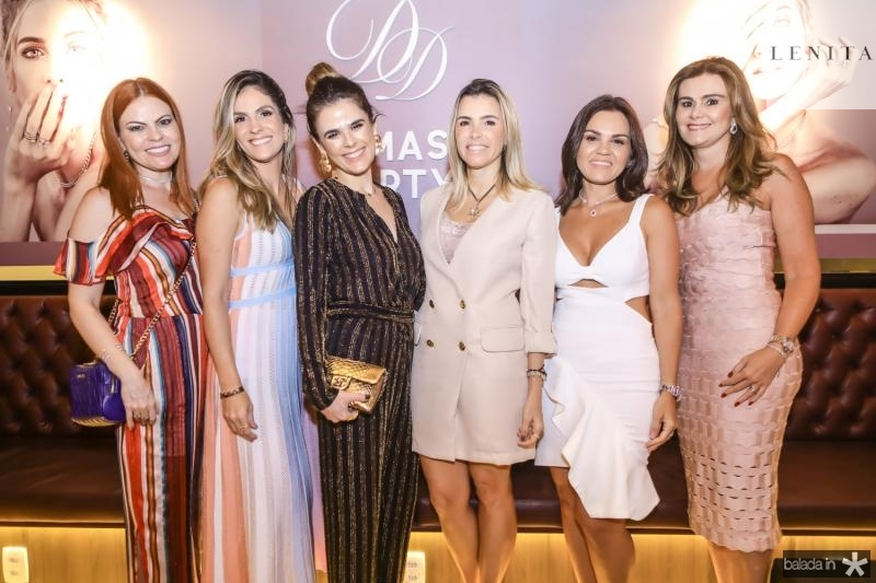 Adriana Praxedes, Mariana Marinho, Niedja Bezerra, Liliana Rola, Katarine Queiros e Ivana Bezerra