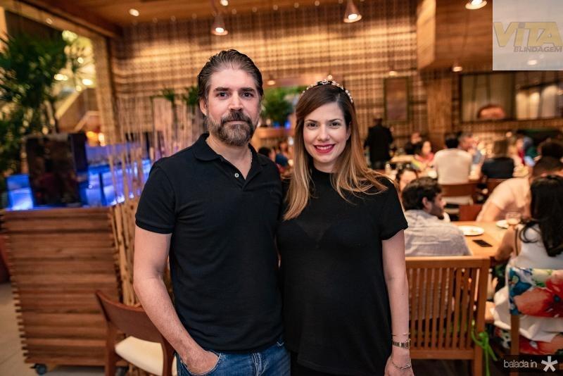 Ronaldo Brasil e Ana Claudia Macedo