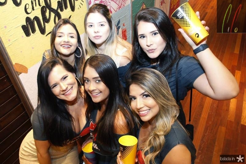 Larissa Tavares, Marilia Gabriela, Sarah e Mabel Espinosa, Isabela Santos e Isabelle Portela