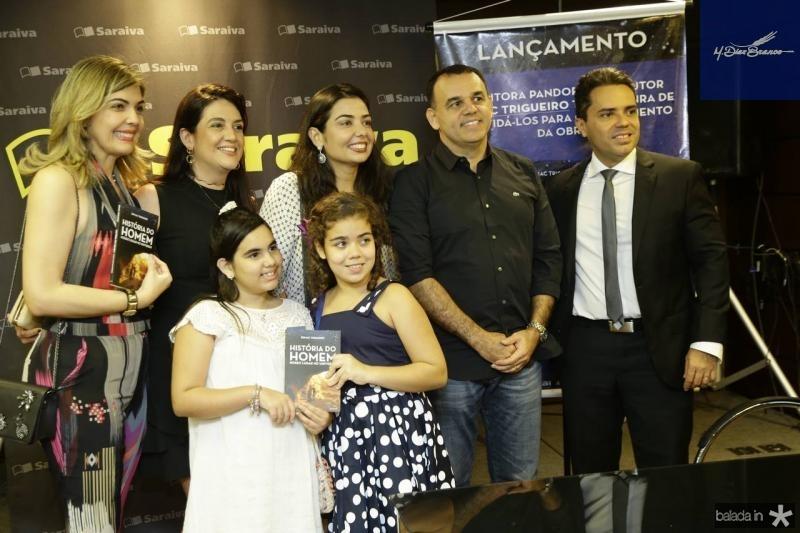 Lana e Giovana Trigueiro, Manuela e Janaina Noleto, Edmac Trigueiro e Emerson Castelo Branco